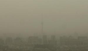 Apmēram tā izskatījās Pekina kārtējās putekļu vētras laikā. Staigāšana respiratoros vietējiem iedzīvotājiem drīz vien var kļūt par ierastu lietu.