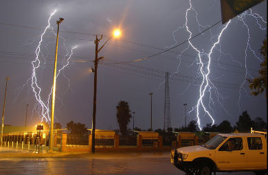 20130407_lightning_houston