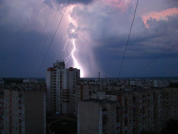 Zibens virs Čerņigovas Ukraina 18.05.14 @ Игорь Яхимец
